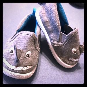 Toddler Shark Slip ons